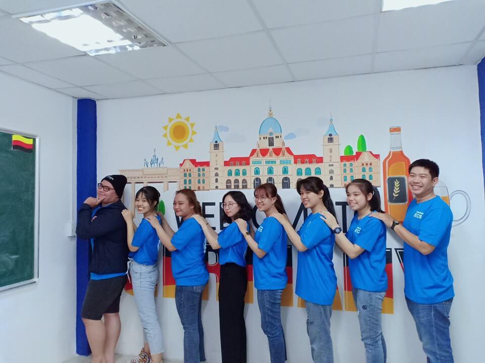 Học Viên IECS tại Việt Nam