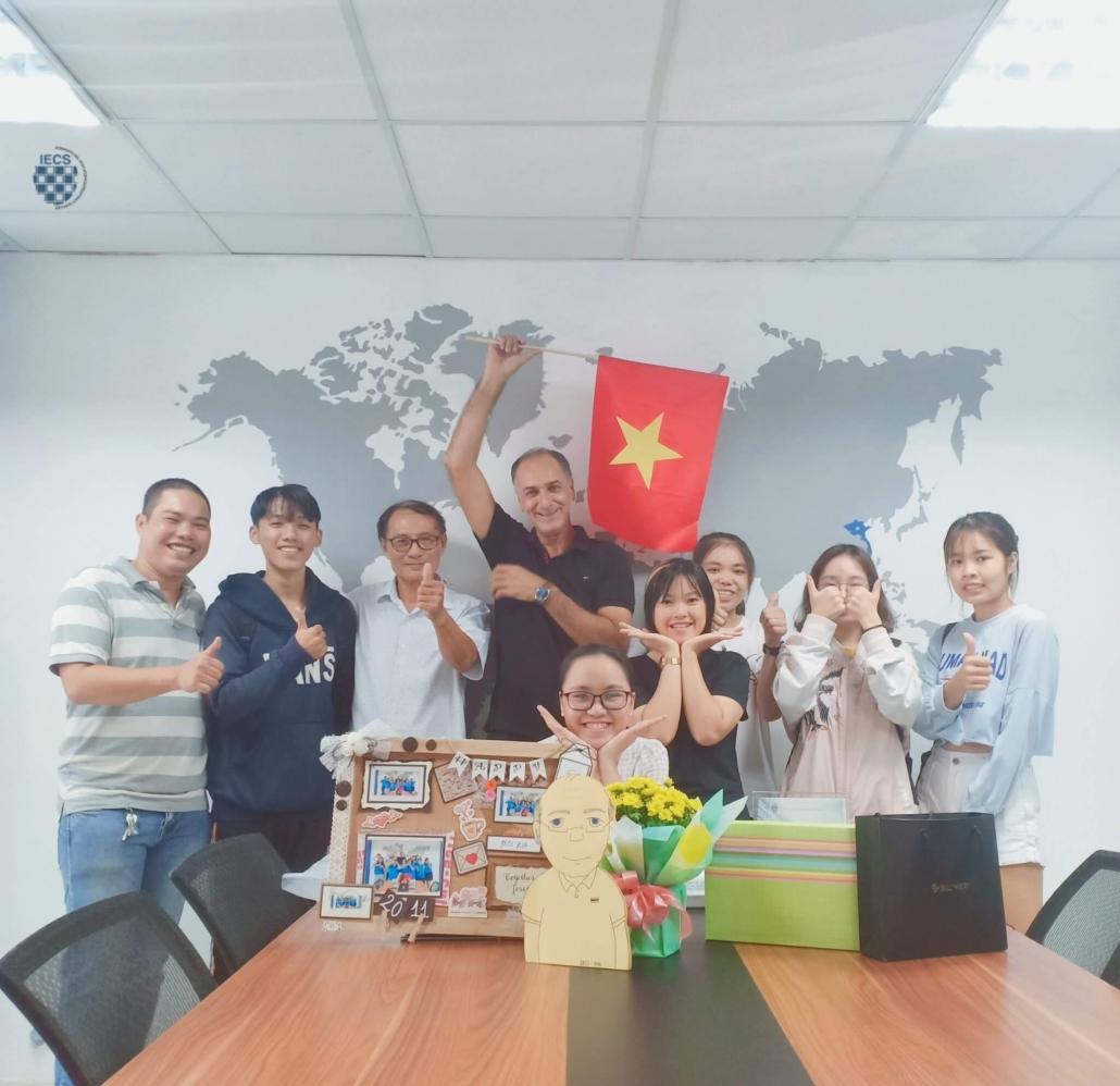 Học viên IECS - Hậu 20 tháng11 năm 2019