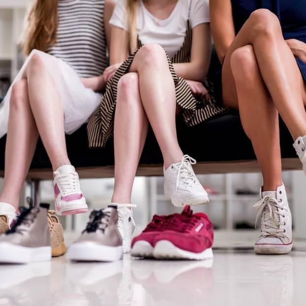 hành lý cần thiết khi đi du học Đức- Giày dép