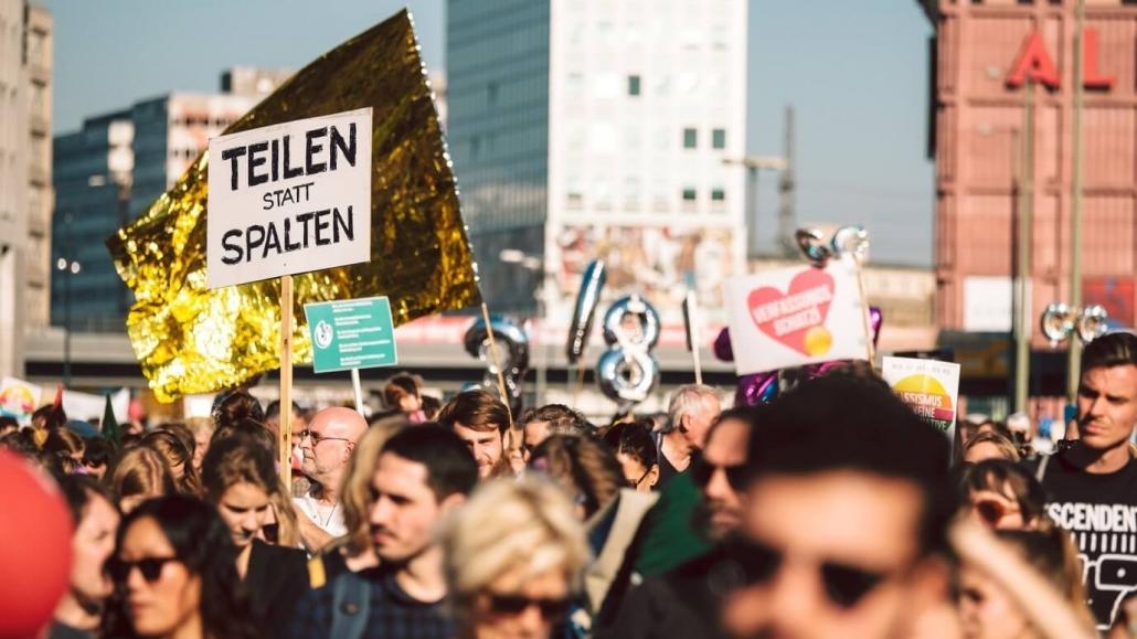 Định cư tại Đức - Tự do ngôn luận