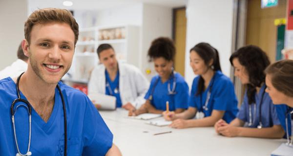 Lộ trình đào tạo ngành điều dưỡng tại Đức