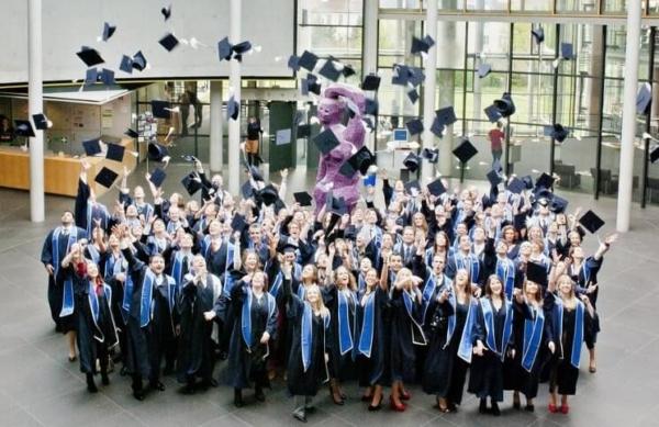 Cơ hội học tập tại Frankfurt