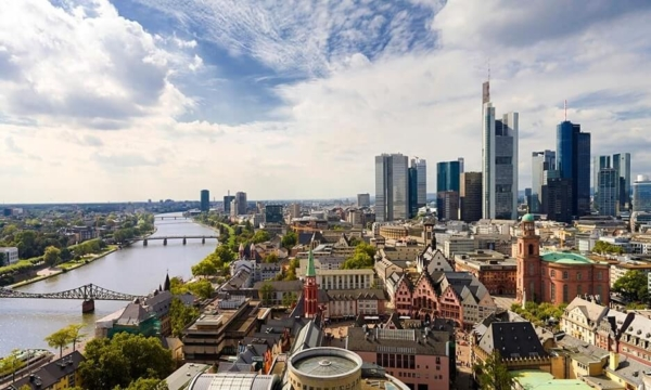 Frankfurt với những toà nhà chọc trời