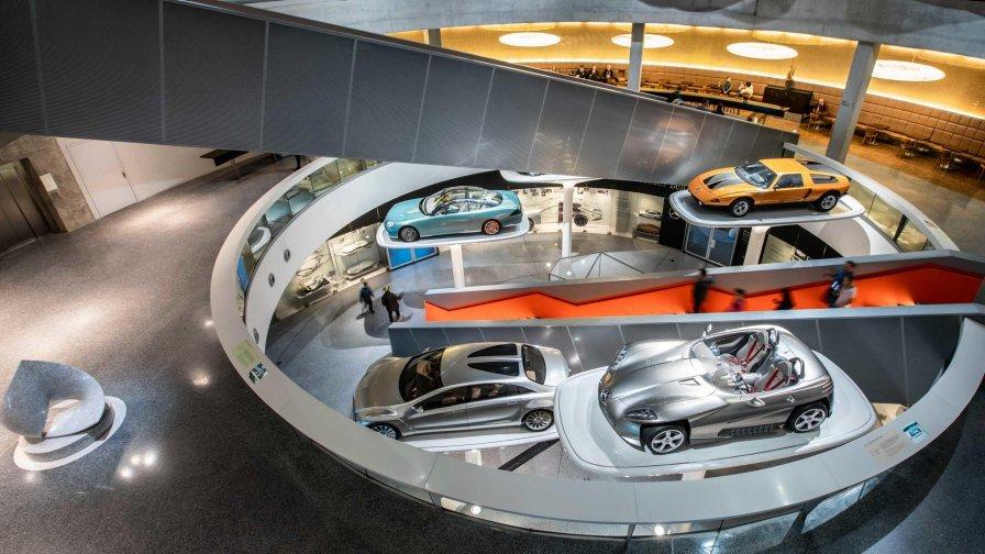 Mercedes-Benz Museum • Stuttgart.