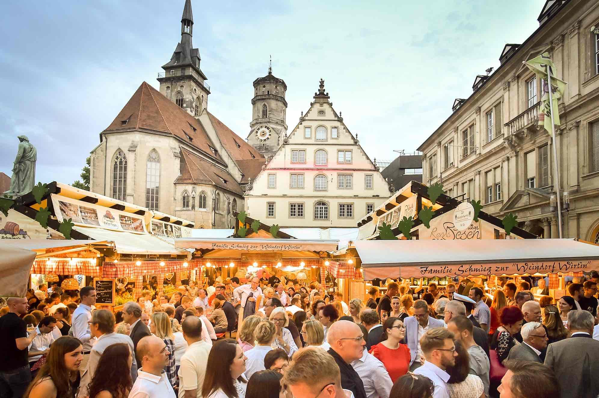 Stuttgarter Wine Festival - Stuttgarter Weindorf | KIRAMIGA ...