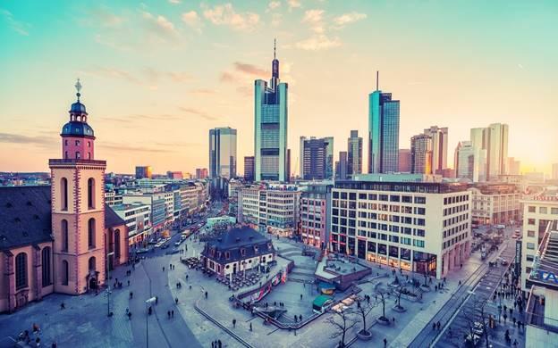 sự khác biệt giữa Đông Đức và Tây Đức (3)