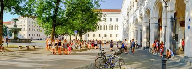 sự khác biệt giữa Đông Đức và Tây Đức (8)