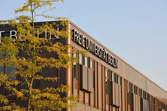 Học ngành quan hệ quốc tế ở Đức (9)