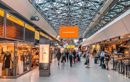 Sân bay Berlin nước Đức (4)