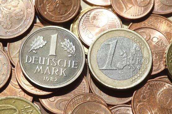 Tiền Đức (6)