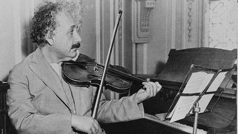 Albert Einstein (11)