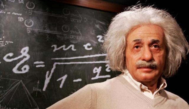Albert Einstein (4)