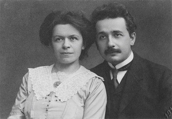 Albert Einstein (8)