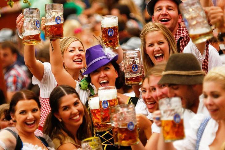 Uống bia ở đức (1)